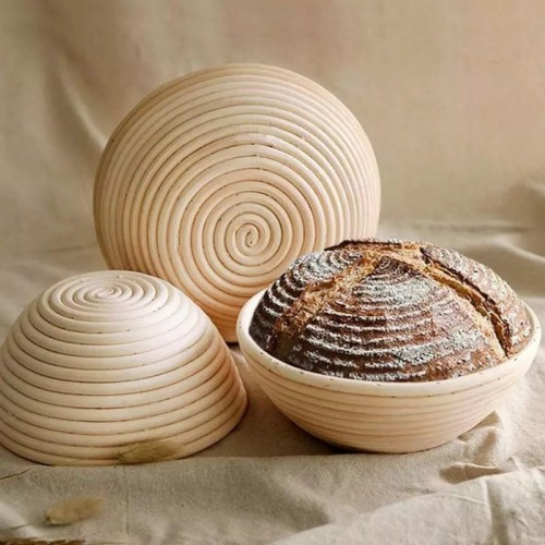Round Proofing Bread Basket With Wood Stamp Design